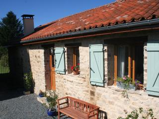 Converted Barn St Nicolas Courbefy - Ladignac le Long vacation rentals