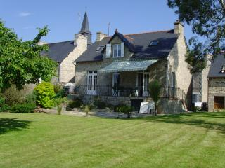 Great holiday home within a short drive from DINAN - Vilde-Guingalan vacation rentals