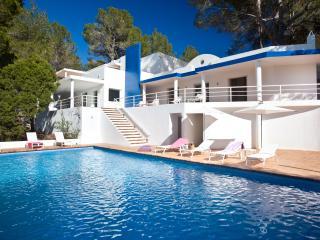 Monolito Azul - Ibiza vacation rentals