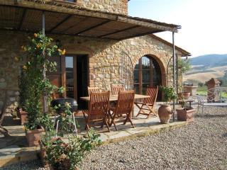 Restored stone built villa near San Gimignano - San Gimignano vacation rentals