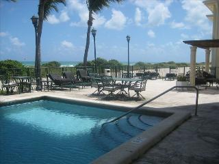 Perfect 1 bedroom Surfside Condo with Internet Access - Surfside vacation rentals