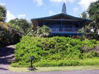 Ocean Front!  Paradise Cliffs Vacation Rental - Pahoa vacation rentals