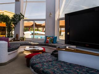 Nice House with Internet Access and Balcony - Karlovasi vacation rentals