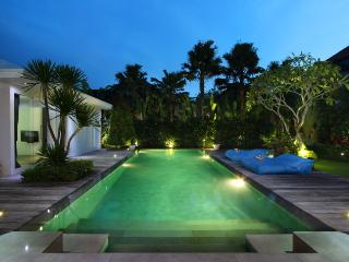 #C4 Modern and Tropical Villa Seminyak - Seminyak vacation rentals