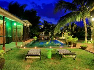 Spacious, High Standing Villa with rice field view - Canggu vacation rentals