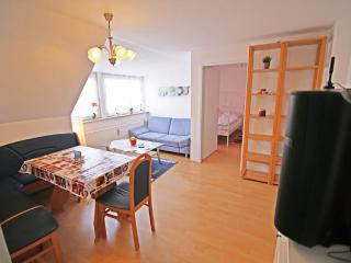 Vacation Apartment in Munich - 969 sqft, bright, comfortable, quiet (# 7352) - Munich vacation rentals