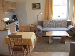 Vacation Apartment in Bad Schwartau - 420 sqft, located in a renovated villa, courtyard available, washer… - Bad Schwartau vacation rentals