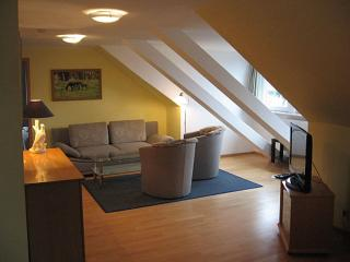 Vacation Apartment in Bad Schwartau - 678 sqft, located in a renovated schoolhouse, courtyard available,… - Bad Schwartau vacation rentals