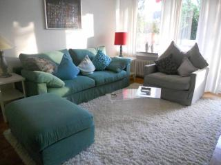 Vacation Apartment in Bonn - 592 sqft, comfortable, sunny, central (# 8083) - Bonn vacation rentals