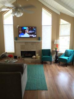 Newly Remodeled Designer Home Steps From Hollywood - Oxnard vacation rentals