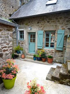 Charming one bedroom apartment - Dinan vacation rentals