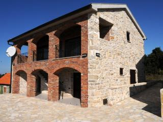Nice 1 bedroom Benkovac Castle with Deck - Benkovac vacation rentals