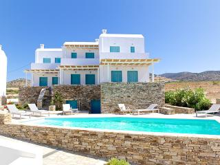 Five-Bedroom Maisonette in Antiparos (B) - Agios Georgios vacation rentals
