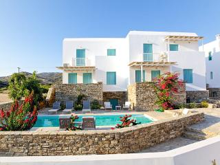 Three-Bedroom Maisonette in Antiparos (A) - Agios Georgios vacation rentals