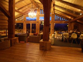 Exceptional chalet des Intages - FULLY CATERED - Combloux vacation rentals