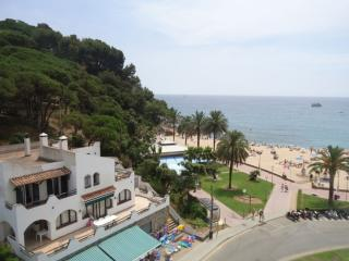 359 Sol Fenals 3 Hab SUP 5ª-1ª - Lloret de Mar vacation rentals