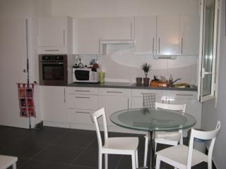 Nice Condo with Internet Access and Wireless Internet - Perpignan vacation rentals
