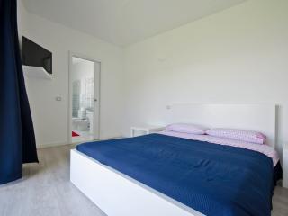Mini apartment sea view and private garden - Taormina vacation rentals