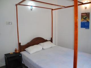 SuSha Holiday Home In Hikkaduwa - Dodanduwa vacation rentals