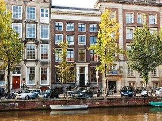 Gentle-4 Canal View Apartment - Amsterdam vacation rentals