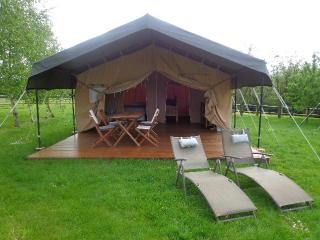 2 bedroom Tented camp with Parking in Le Grand-Luce - Le Grand-Luce vacation rentals