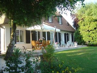 SWEET HOME 4 chambres d'hôtes - Martainville-Épreville vacation rentals