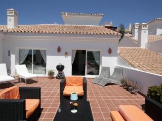 Luxury 5* Penthouse on golf course in MIjas - Alhaurin el Grande vacation rentals