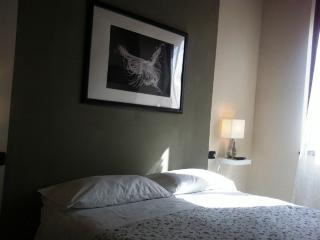 Romantic 1 bedroom Parma Townhouse with A/C - Parma vacation rentals