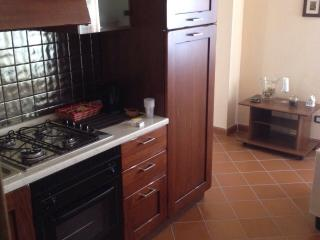 2 bedroom Condo with Linens Provided in Rigomagno - Rigomagno vacation rentals