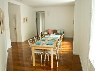 Superb Apartment Center of the City - Madrid vacation rentals