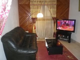 Très beau Appartement  à MAKEPE PALACE - Douala vacation rentals