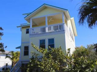 Comfortable House with Deck and Internet Access - Captiva Island vacation rentals