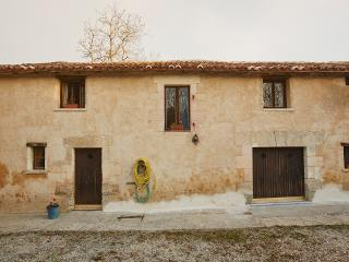 Nice 5 bedroom Pillac Gite with Internet Access - Pillac vacation rentals