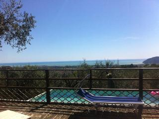 Beautiful 2 bedroom Apartment in Castelnuovo Magra with Internet Access - Castelnuovo Magra vacation rentals