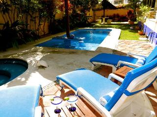 BOUTIQUE STUDIO, POPULAR ABBEY DEL SOL PROPERTY, POOL & HOT TUB. - Puerto Morelos vacation rentals
