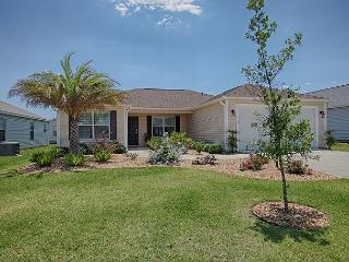 Fantastic home near Brownwood with free use of golf cart. - The Villages vacation rentals