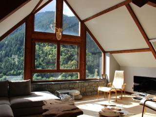 Maison tout confort au coeur des Pyrénées - Saint-Lary-Soulan vacation rentals