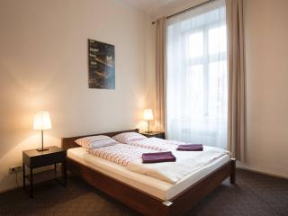 Beautiful 1 bedroom Krakow Condo with Central Heating - Krakow vacation rentals