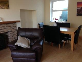 HOLIDAY HOME TO RENT IN PORTRUSH TOWN CENTRE - Portrush vacation rentals