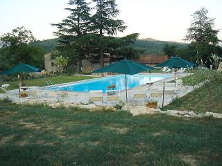 Bright 4 bedroom Caprese Michelangelo Finca with Dishwasher - Caprese Michelangelo vacation rentals