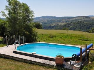 Cozy 3 bedroom Plats Gite with Internet Access - Plats vacation rentals