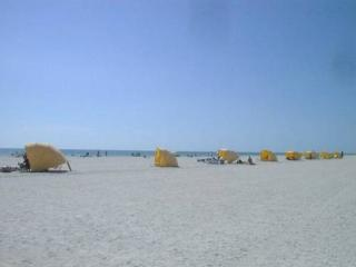 Open!! Discounts, Nice, Clean 2BR Cottage by Beach - Treasure Island vacation rentals