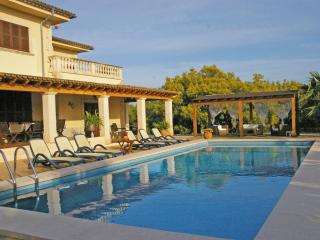 Precious house in the field to only 8 km, of the c - Palma de Mallorca vacation rentals