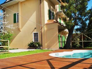 Dimora di Campagna Cocci Grifoni - Pecorino - Ripatransone vacation rentals
