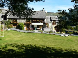 Perfect Gite with Internet Access and Satellite Or Cable TV - Sainte-Marie-de-Campan vacation rentals