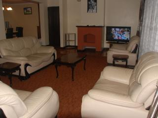 Beautiful  3Bedroom Apartment in Kileleshwa  Nairobi - Shaba National Reserve vacation rentals