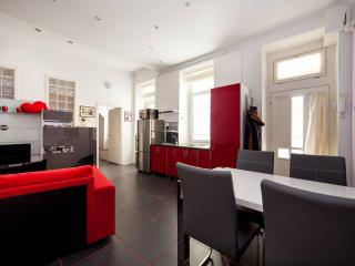 "Apartment Budapest""s heart near metro and opera - Budapest vacation rentals"