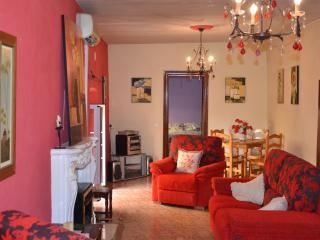 Sunny Townhouse with Outdoor Dining Area and Television in Tabernas - Tabernas vacation rentals