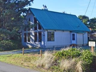 Rachel's  Beach House - Rockaway Beach vacation rentals