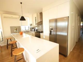 Sydney Garden Home Leichhardt LH04 - Leichhardt vacation rentals